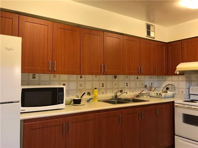 Condo Apartment at 2050 Bridletowne Circ, Unit 1412, Toronto, Ontario. Image 6