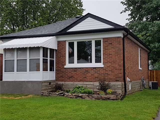 Detached at 325 Cadillac Ave S, Oshawa, Ontario. Image 12