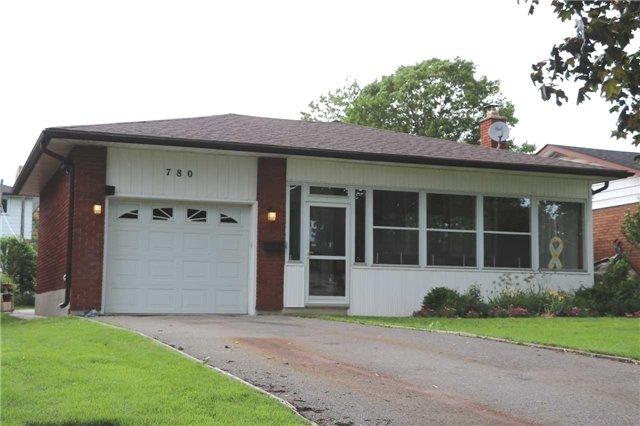 Detached at 780 Palace St, Oshawa, Ontario. Image 1