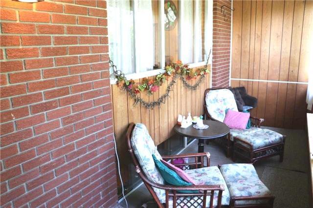 Detached at 780 Palace St, Oshawa, Ontario. Image 11