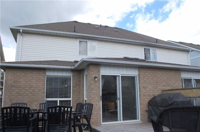 Semi-detached at 80 Regatta Cres, Whitby, Ontario. Image 11