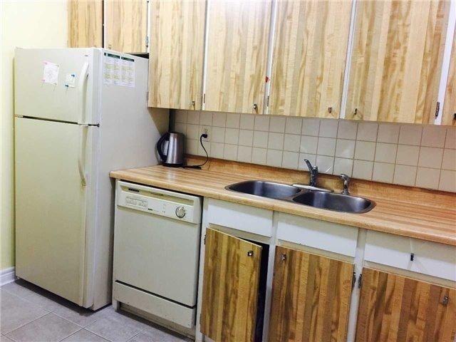 Condo Apartment at 2365 Kennedy Rd, Unit 1208, Toronto, Ontario. Image 11