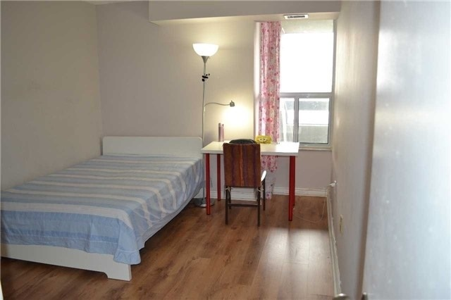 Condo Apartment at 2365 Kennedy Rd, Unit 1208, Toronto, Ontario. Image 13