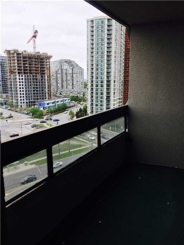 Condo Apartment at 2365 Kennedy Rd, Unit 1208, Toronto, Ontario. Image 6