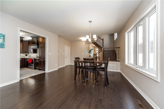 Detached at 89 Bridlewood Blvd, Whitby, Ontario. Image 14