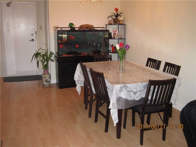 Condo Apartment at 25 Silver Springs Blvd, Unit Ph2, Toronto, Ontario. Image 4