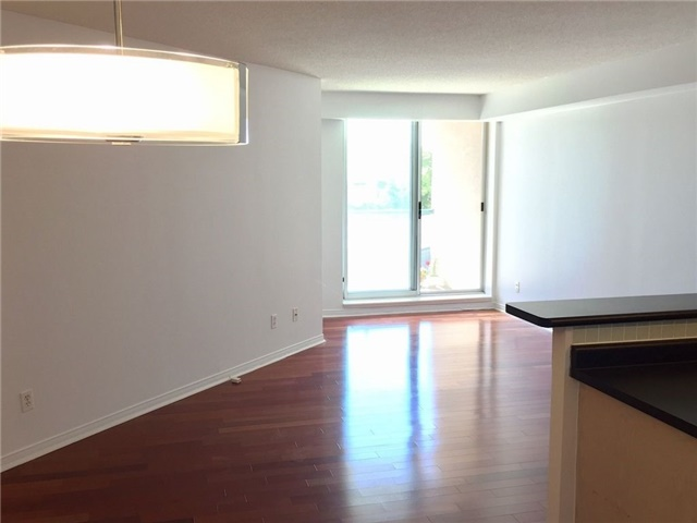 Condo Apartment at 1733 Queen St E, Unit 326, Toronto, Ontario. Image 10