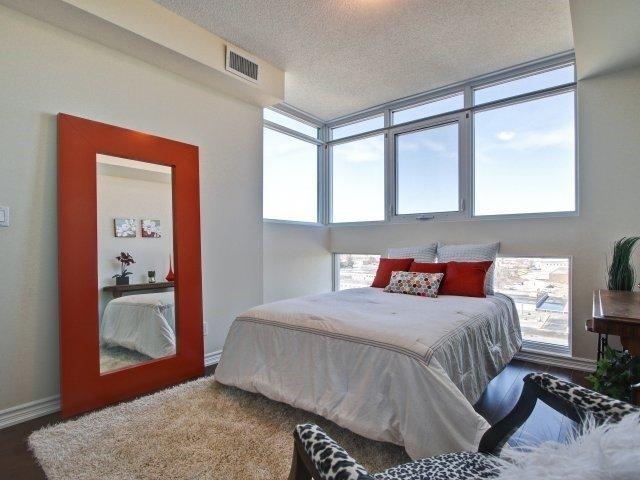 Condo Apartment at 1328 Birchmount Rd, Unit 1003, Toronto, Ontario. Image 4