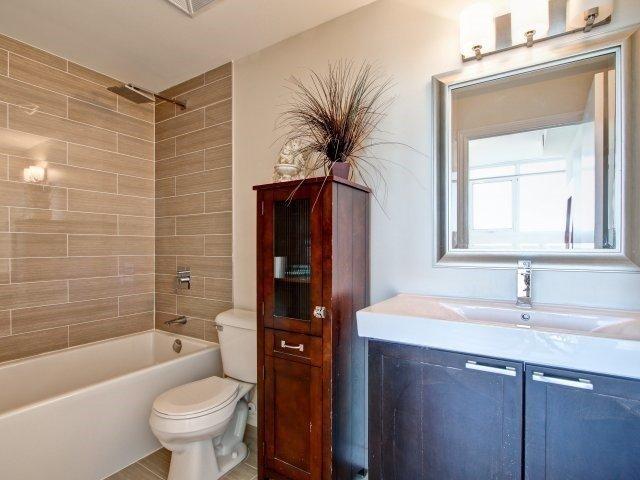 Condo Apartment at 1328 Birchmount Rd, Unit 1003, Toronto, Ontario. Image 5
