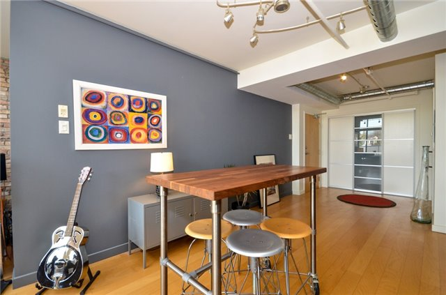 Condo Apartment at 1852 Queen St E, Unit 302, Toronto, Ontario. Image 12
