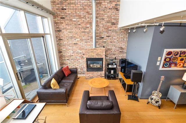 Condo Apartment at 1852 Queen St E, Unit 302, Toronto, Ontario. Image 20