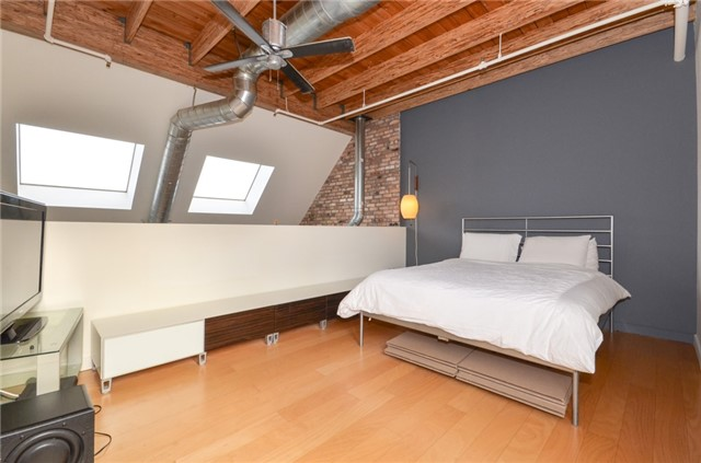 Condo Apartment at 1852 Queen St E, Unit 302, Toronto, Ontario. Image 2
