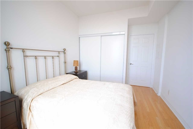 Condo Apartment at 83 Borough Dr, Unit 1304, Toronto, Ontario. Image 3