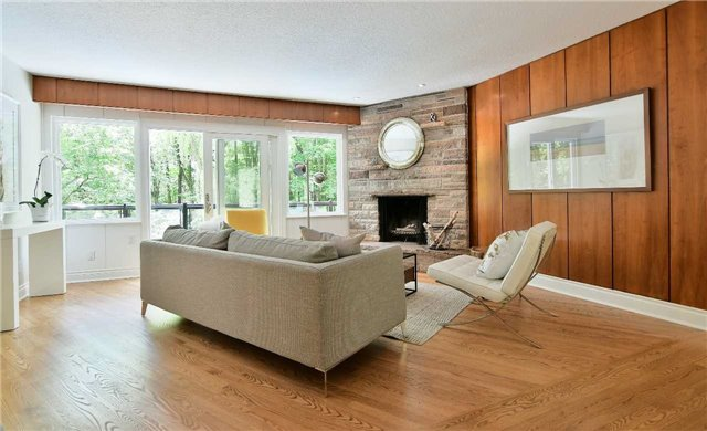 Detached at 15 Acland Cres, Toronto, Ontario. Image 19