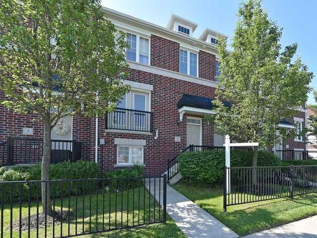 Condo Townhouse at 571 Longworth Ave, Unit 3, Clarington, Ontario. Image 1