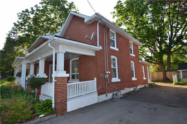 Detached at 212-214 John St W, Whitby, Ontario. Image 6