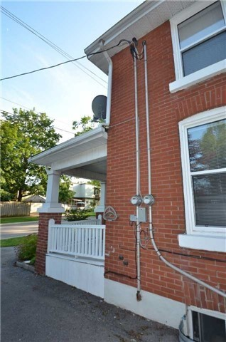 Detached at 212-214 John St W, Whitby, Ontario. Image 8