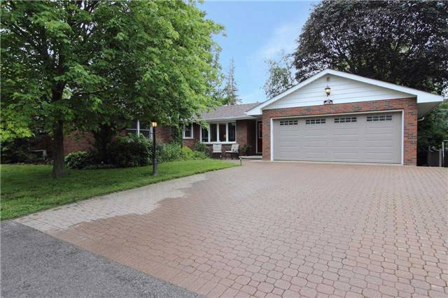 Detached at 448 Queen St, Scugog, Ontario. Image 1