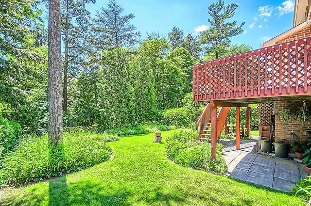 Detached at 1220 Abbey Rd, Pickering, Ontario. Image 11