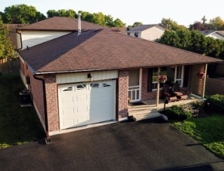 Detached at 857 Copperfield Dr, Oshawa, Ontario. Image 1
