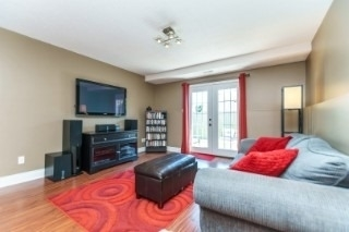 Detached at 857 Copperfield Dr, Oshawa, Ontario. Image 5