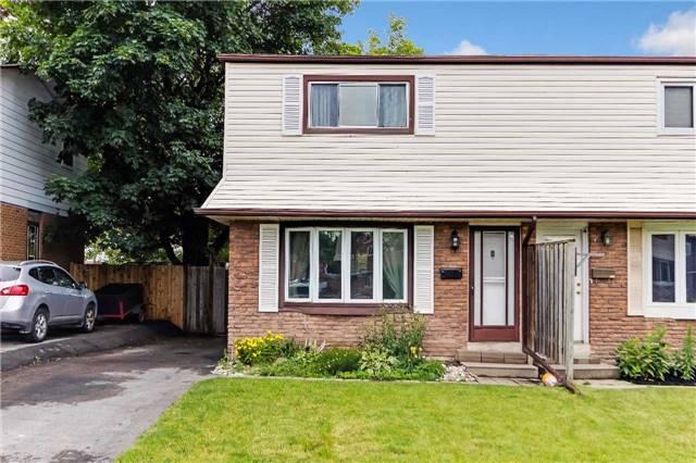 Semi-detached at 435 Harcourt Dr, Oshawa, Ontario. Image 1