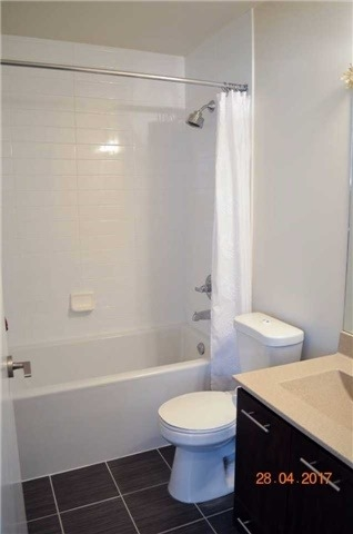 Condo Apartment at 135 Village Green Sq, Unit Ph18, Toronto, Ontario. Image 2
