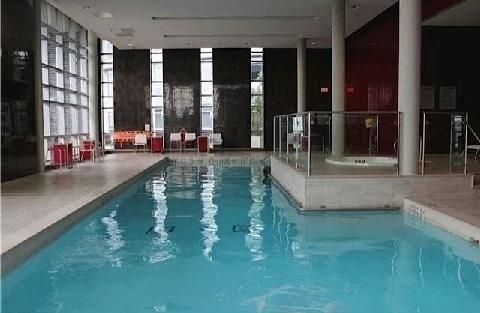 Condo Apartment at 135 Village Green Sq, Unit Ph18, Toronto, Ontario. Image 8