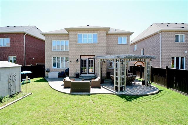 Detached at 1370 Baynes Ave, Oshawa, Ontario. Image 13