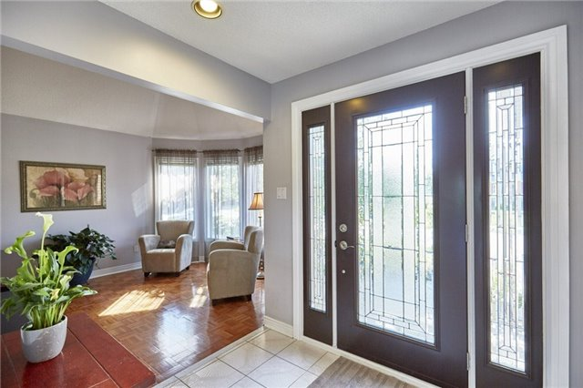 Detached at 1 Kilbride Dr, Whitby, Ontario. Image 14