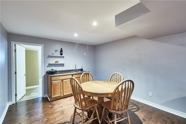 Detached at 1 Kilbride Dr, Whitby, Ontario. Image 13