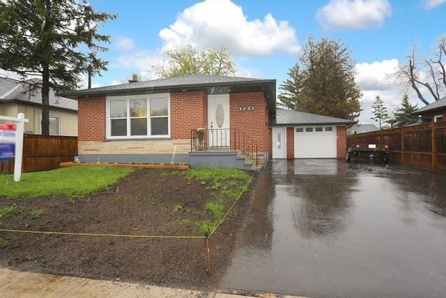 Detached at 1121 Brock St S, Whitby, Ontario. Image 12