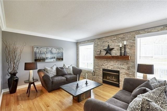 Detached at 25 Lonsdale Crt, Whitby, Ontario. Image 16