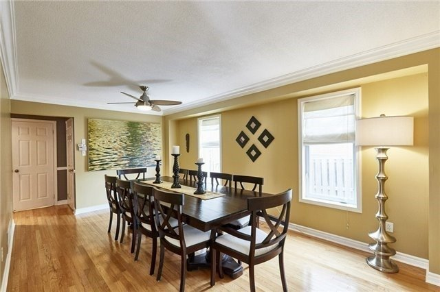 Detached at 25 Lonsdale Crt, Whitby, Ontario. Image 18