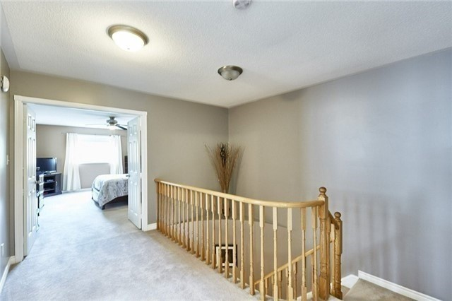 Detached at 25 Lonsdale Crt, Whitby, Ontario. Image 20
