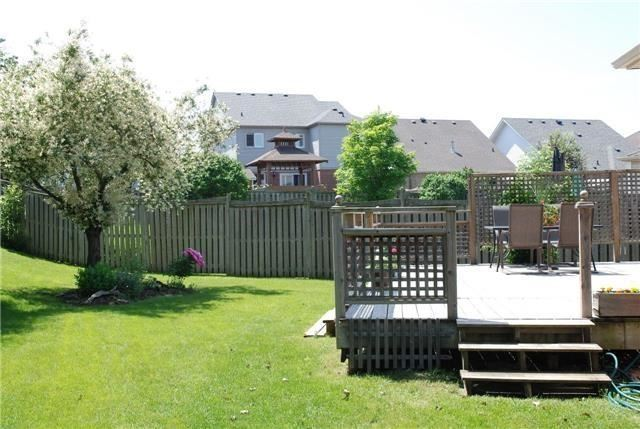 Detached at 25 Lonsdale Crt, Whitby, Ontario. Image 11