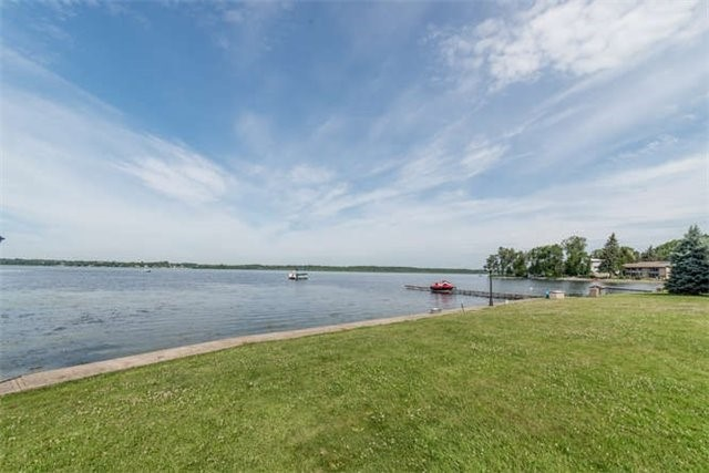 Detached at 319 Stephenson Point Rd, Scugog, Ontario. Image 5