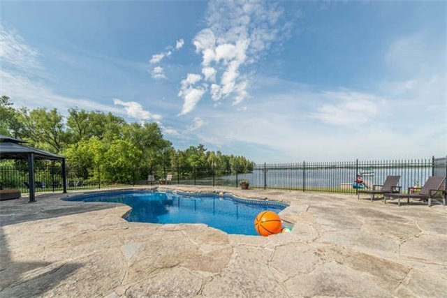 Detached at 319 Stephenson Point Rd, Scugog, Ontario. Image 6