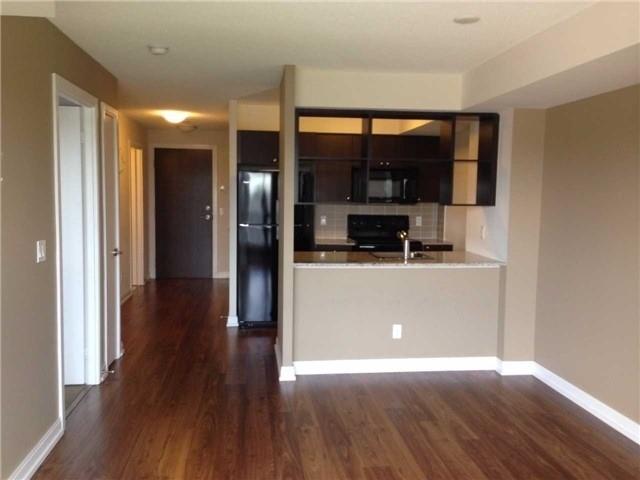 Condo Apartment at 181 Village Green Sq, Unit 517, Toronto, Ontario. Image 2