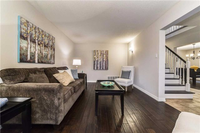 Detached at 20 Mantell Cres, Ajax, Ontario. Image 16