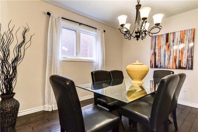 Detached at 20 Mantell Cres, Ajax, Ontario. Image 17