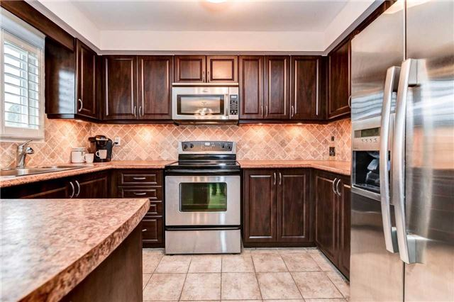 Detached at 20 Mantell Cres, Ajax, Ontario. Image 20