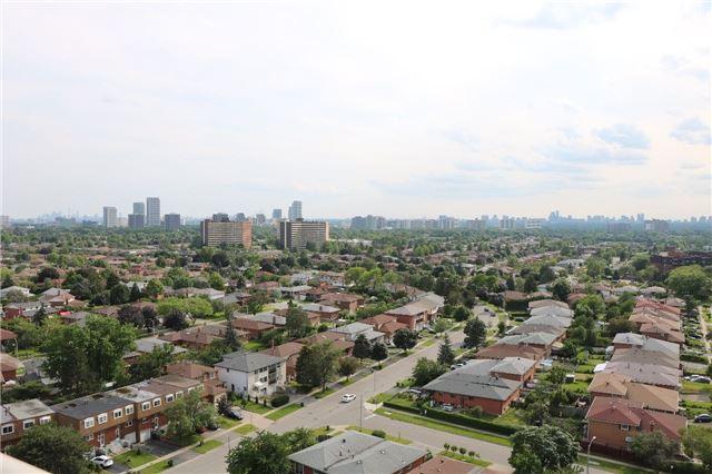 Condo Apartment at 2550 Pharmacy Ave, Unit 1701, Toronto, Ontario. Image 2