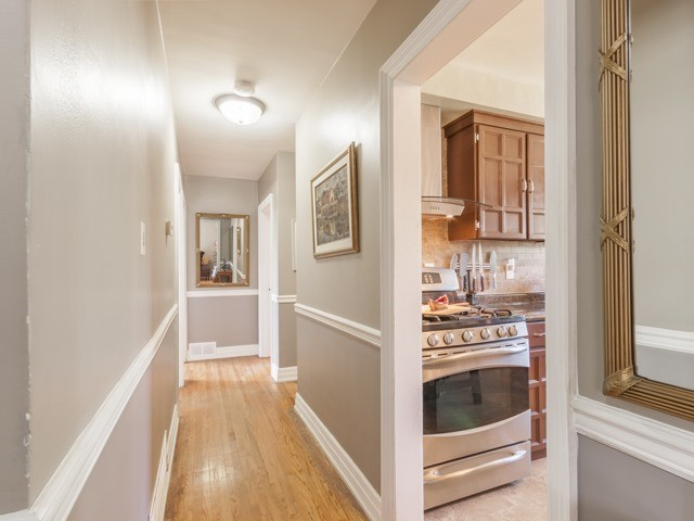 Detached at 38 Tralee Ave, Toronto, Ontario. Image 15