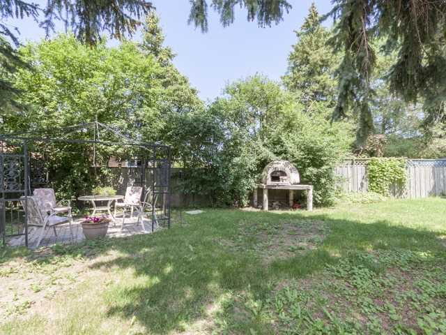 Detached at 38 Tralee Ave, Toronto, Ontario. Image 13