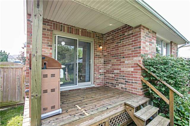 Detached at 494 Meadow St, Oshawa, Ontario. Image 11