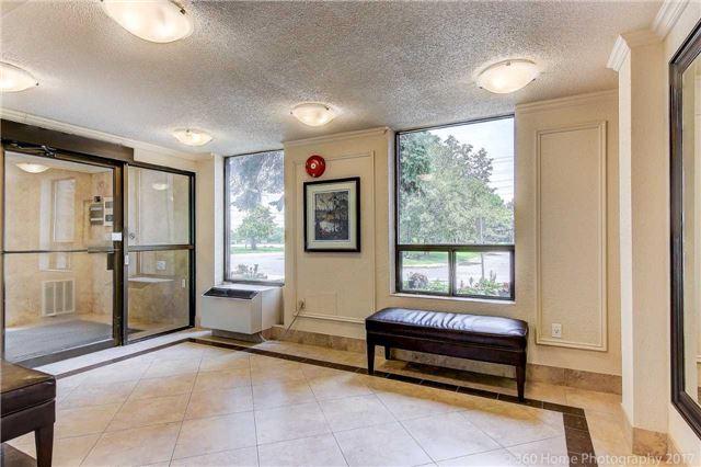 Condo Apartment at 1525 Diefenbaker Crt, Unit 104, Pickering, Ontario. Image 14