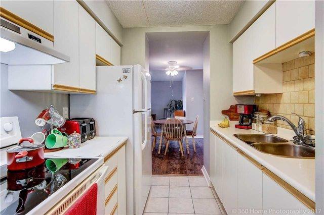 Condo Apartment at 1525 Diefenbaker Crt, Unit 104, Pickering, Ontario. Image 19