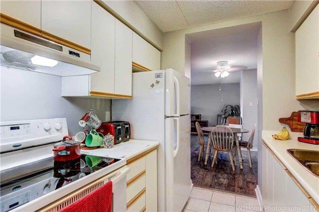 Condo Apartment at 1525 Diefenbaker Crt, Unit 104, Pickering, Ontario. Image 20