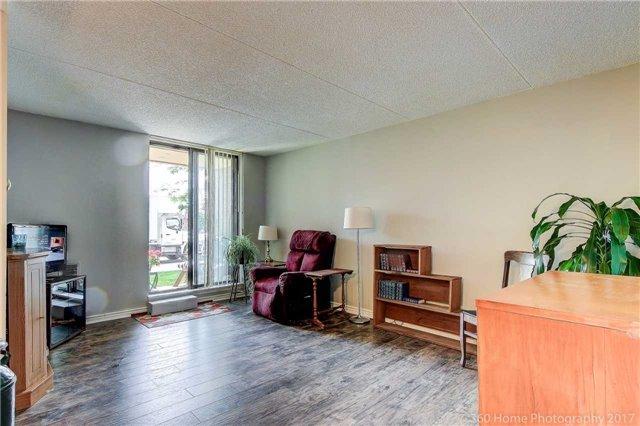 Condo Apartment at 1525 Diefenbaker Crt, Unit 104, Pickering, Ontario. Image 5